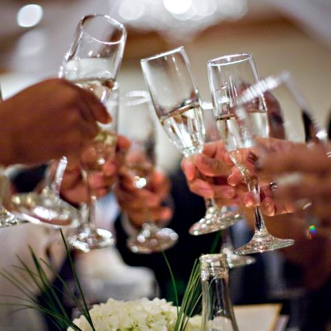 Lej en cocktailbar til bryllup